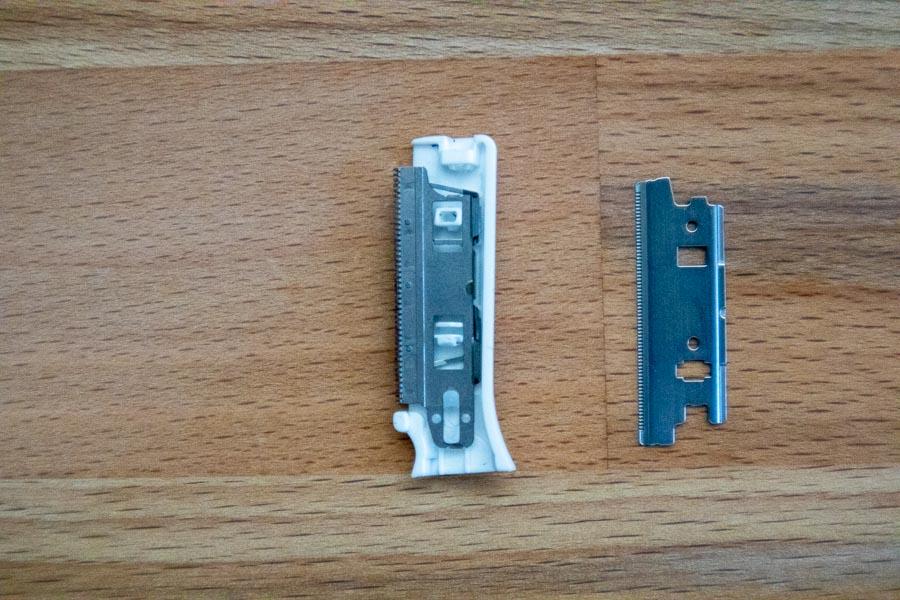 Panasonic ES-WF41の刃の着脱手順